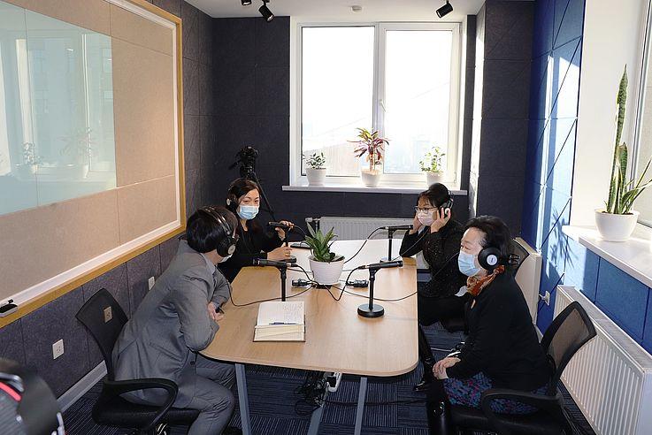 Eröffnung des Podcast-Studios für mongolische Juristen
