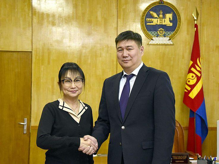 Arbeitsgespräch der Projektleiterin mit dem Generalsekretär der Parlamentskanzlei